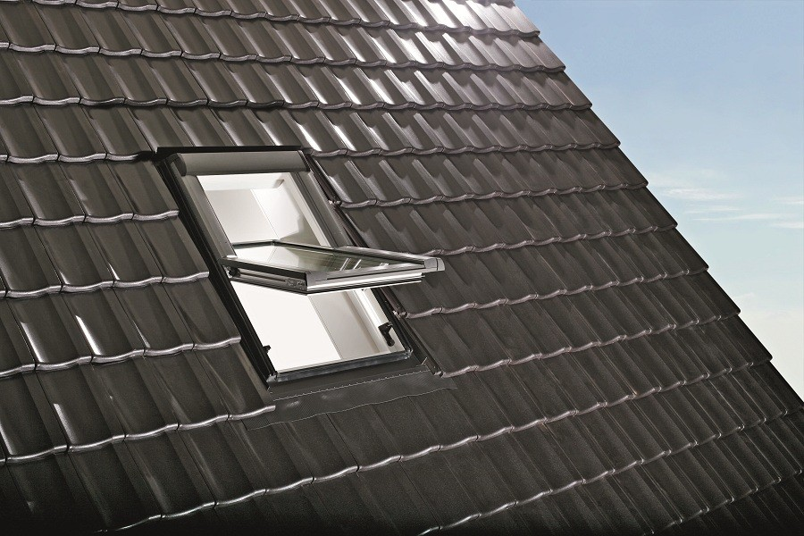 Roto Designo R4 krovni prozor – Savršen za kombinovanje